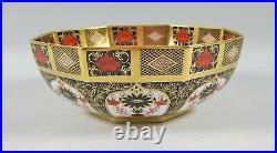 Royal Crown Derby OLD IMARI 8 Octagonal Vegetable Bowl Mint